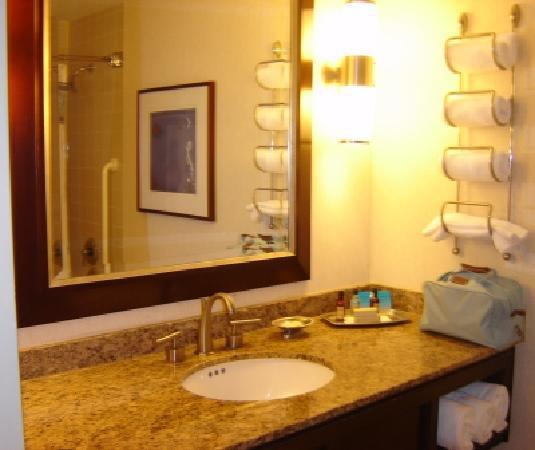 Salle de bain foto di new york marriott marquis new for Salle de bain new york