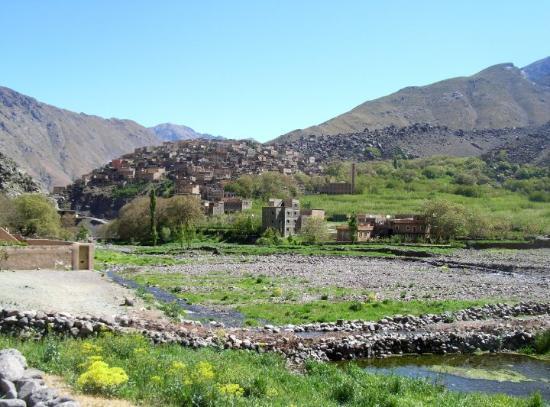 """Imlil, Marruecos: Das Dorf Around - hier wurde ein Teil von """"7 Years in Tibet"""" abgedreht"""