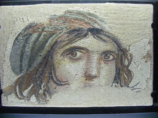 Ünlü Çingene Kızı Mozayiği, Belkıs-Zeugma, Gaziantep Arkeolojii Müzesi