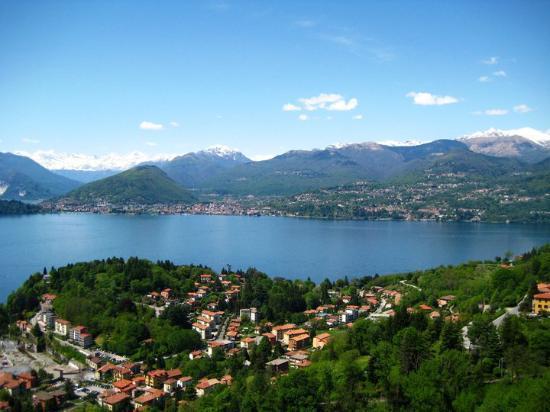 Laveno-Mombello, Italia: laveno-monbello