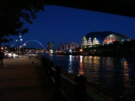 Newcastle upon Tyne, UK : The Millenium Bridge