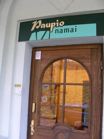 Downtown Forest Hostel & Camping: The entrance to the hostel