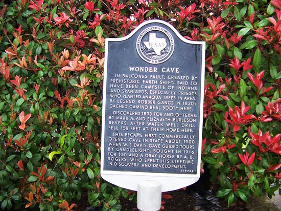 San Marcos, TX: Wonder Cave at Wonder World Park