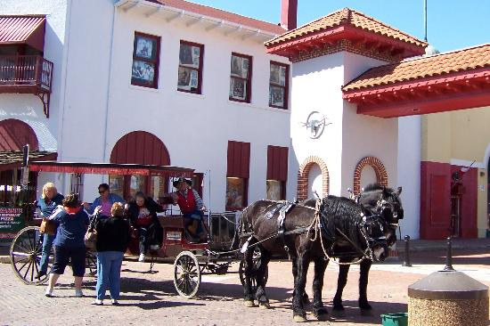 Fort Worth Stockyards National Historic District: horse and carriage rides around the Stockyards