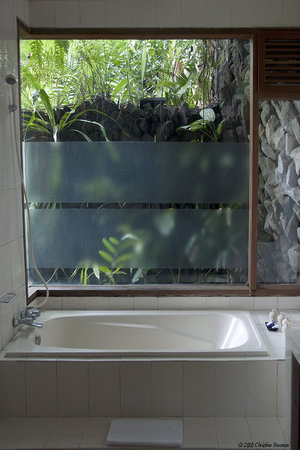 Oneworld retreats Kumara: My Bathroom
