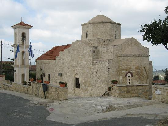 Paradisos Hills: Lysos Church