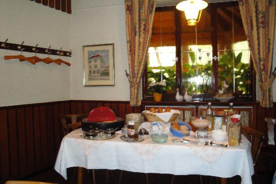 Baldner's Gasthof Schwanen: Breakfast buffet good and varied