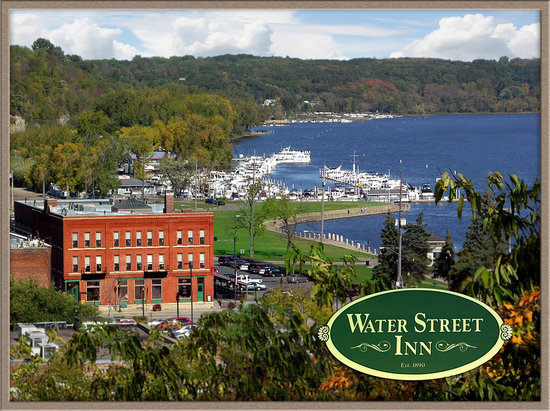 ‪ووتر ستريت إن: Water Street Inn on the St. Croix River‬