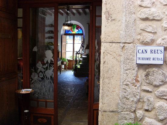 Ca'n Reus Hotel: ca'n reus entrance