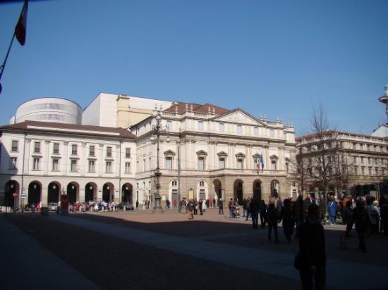 La Scala Opera: Teatro alla Scala- hätte ich mir irgendwie prunkvoller vorgestellt ;)
