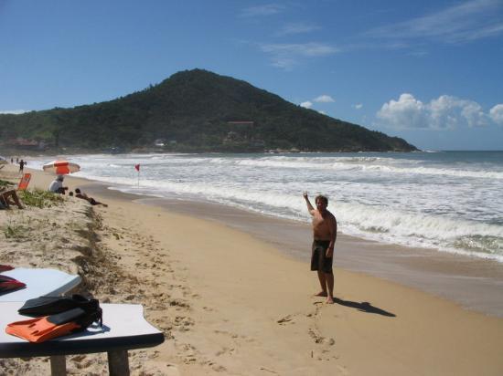 Bombinhas, SC: Praia 4 Islas, buenas Olas