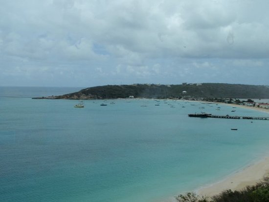 Anguila: View from the bus ride across Anguilla