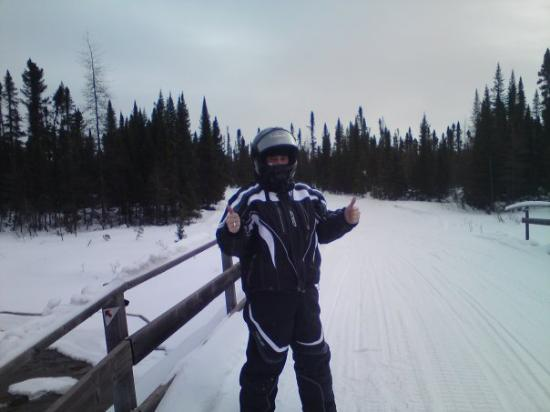 Labrador City, Canada: Moi on the bridge, just ripped up the trail man...god  i speak Canadian!!!