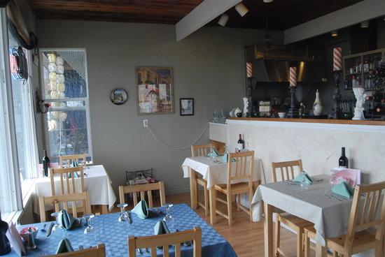 Tuscany Cafe: interior