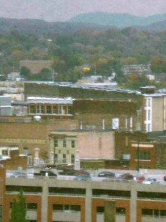 Restaurants Near Embassy Suites Knoxville Tn