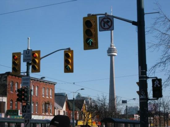 Kensington Market and Spadina Avenue: CN Tower from Kensington Market Toronto:the right place to do something wrong while you are in C