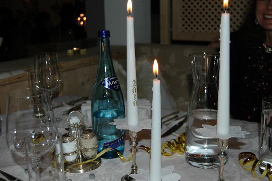Hotel Alpenhof Hintertux: Tischkultur vom Feinsten