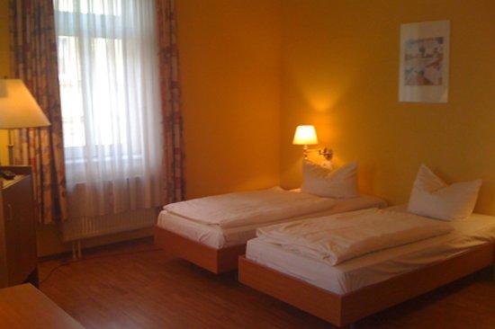 Hotel Kurfurst Dresden: Zimmer Nr. 24