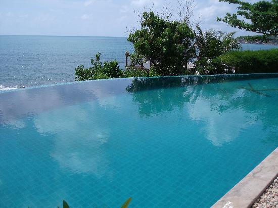 Kanda Residences: Main Pool