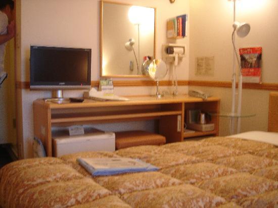 Toyoko Inn Nagasaki Ekimae: twin non smoking