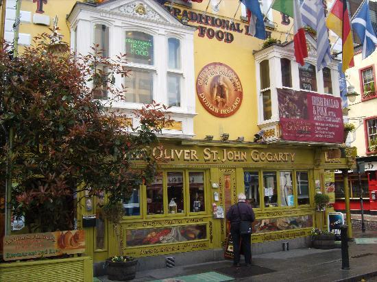 Dublin, Ireland: Another colouful pub