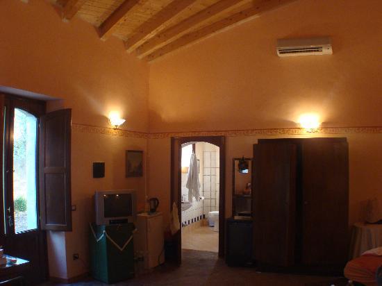 Lentini, Италия: Riesiges Gästezimmer