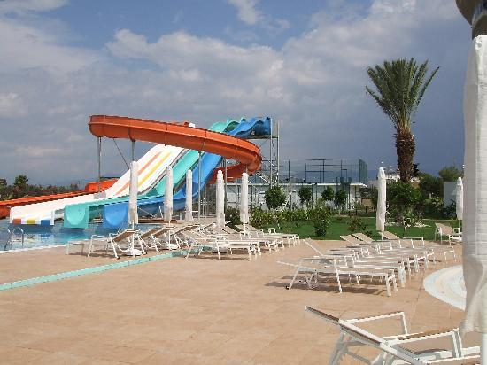 Sunconnect Sea World Resort & Spa: toboggan