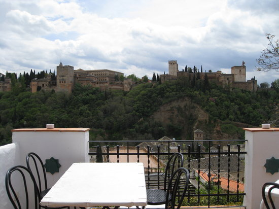 Carmen Mirador de Aixa: View from the patio.