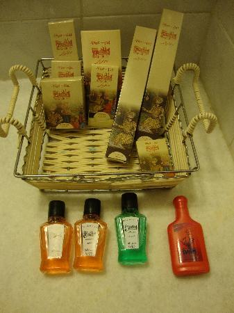 Abbasi Hotel Bathroom Supplies
