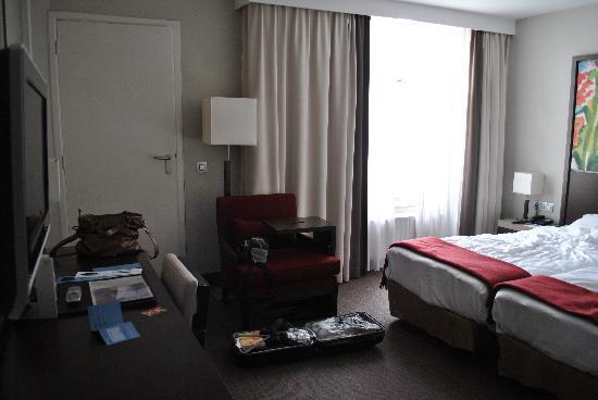 NH Amsterdam Schiller: room