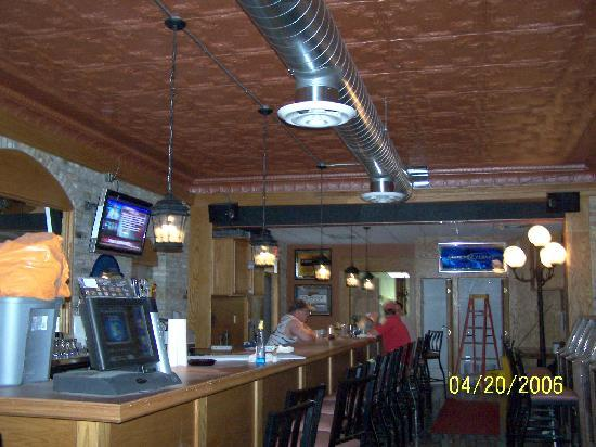 Bourbon Street Pub and Grill: BAR SITE UP