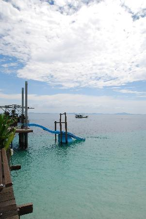 Rawa Island Resort: slide for kids! (guess adults can jump on it too)