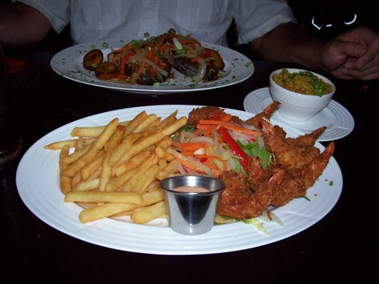 701 Mosaic: coconut shrimp entree with fries