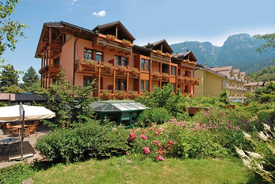 Dimaro, Italien: Sporthotel Rosatti Estate