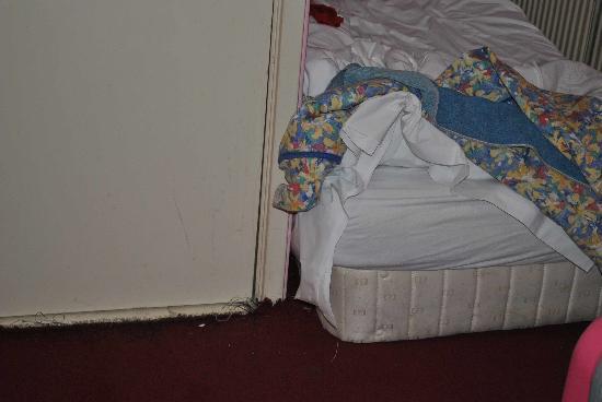 Hotel de Stern: letto fatto di 2 materassi