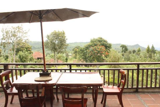 Anaheim Villa Lake Buyan: Breakfast table