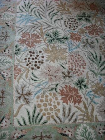 Inn on the Sound: loved this carpet