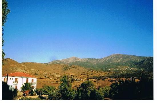 Marilena Hotel: Mountain view from balcony of Marilena