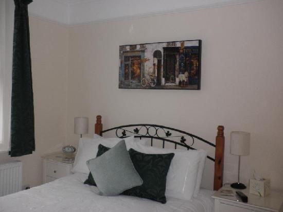 A Great Escape Guest House: Room 1 - with balcony overlooking the garden
