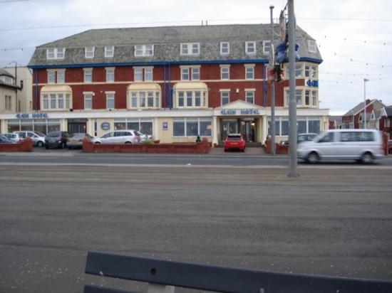 Elgin Hotel Blackpool Photo