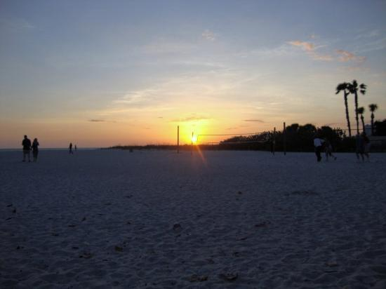Postcard Inn on the Beach: Sunset view from PCI