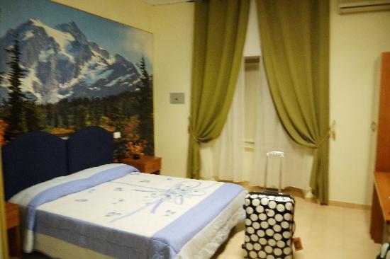 Hotel Maikol Rome: Room