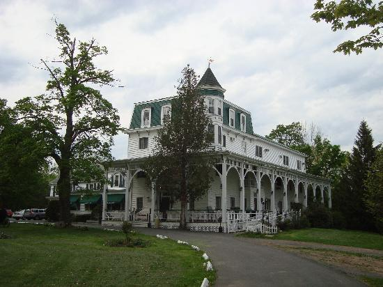 Bavarian Manor Country Inn & Restaurant: The Bavarian Manor