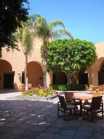 hotel lobby picture of omni rancho las palmas resort. Black Bedroom Furniture Sets. Home Design Ideas