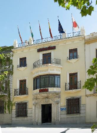 Hotel La Casa Grande Baena: ENTRADA PRINCIPAL AL HOTEL