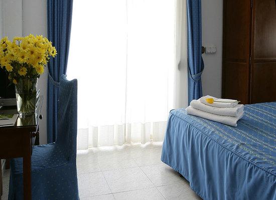 Hotel Chispa : Habitación