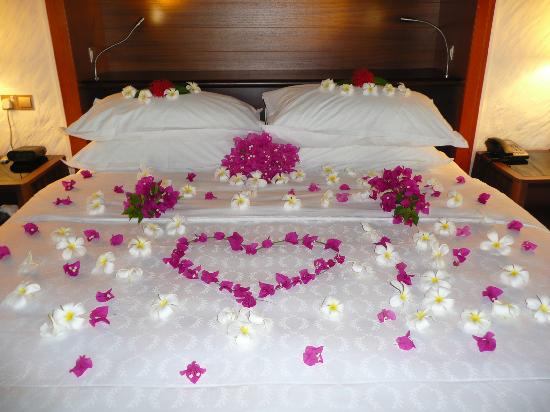 Flower Decorated Bed Picture Of Sheraton Maldives Full