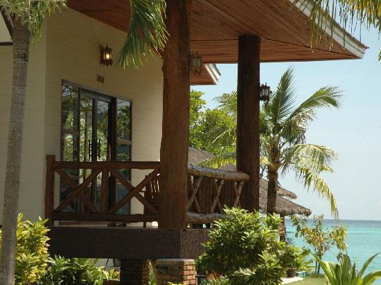 Phi Phi Villa Resort: Outside Luxury Deluxe Villa