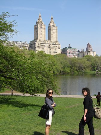 Nowy Jork, Nowy Jork: Central Park (L-R) Myself and our awesome tour guide Heidi