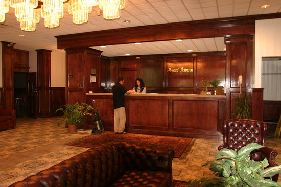 Howard Johnson Bartonsville/Poconos Area: Hotel Lobby